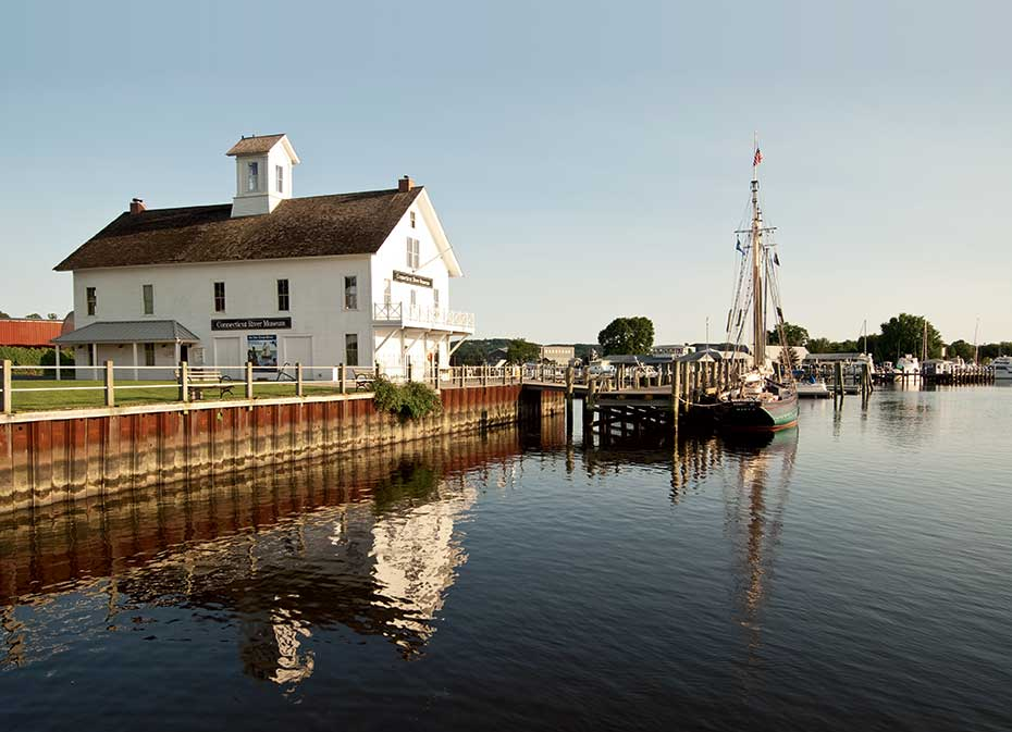 Essex and the Connecticut River Museum
